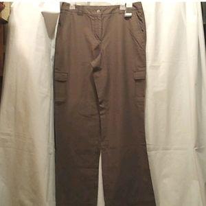🆕 NY& Co Convertible Utility Pants